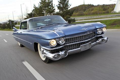 Cadillac Series 62 Sedan