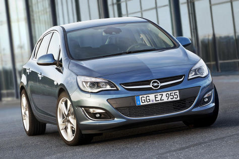 Opel Astra Facelift 2012