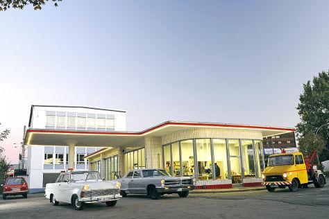 Oldtmer Tankstelle Brandshof Hamburg