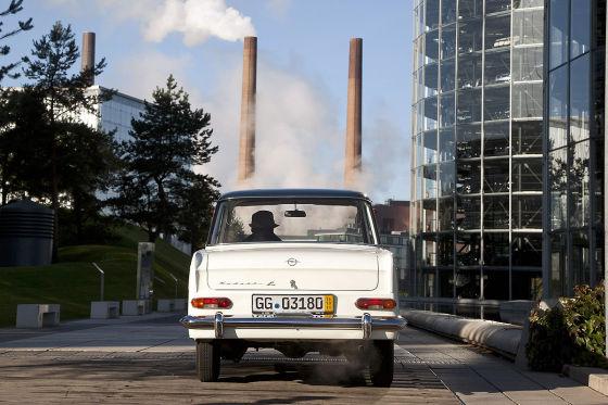 Mit dem Opel Kadett A in Wolfsburg