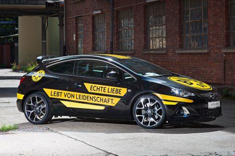 Opel Astra OPC für Fußball-Bundesliga