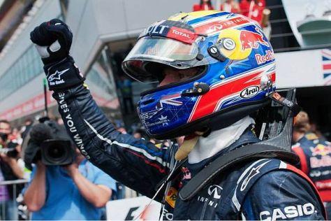 Mark Webber jubelt über seinen zweiten Sieg in Silverstone