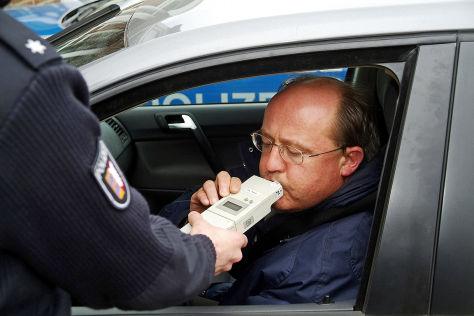 Alkohol-Kontrolle der Polizei