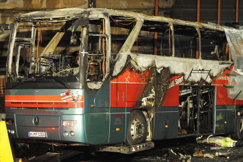 Ausgebrannter Bus bei Hannover