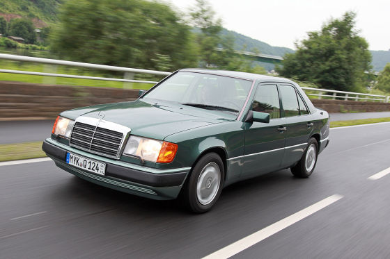 klassiker f r 5000 euro mercedes 300 e w 124 auto bild klassik. Black Bedroom Furniture Sets. Home Design Ideas