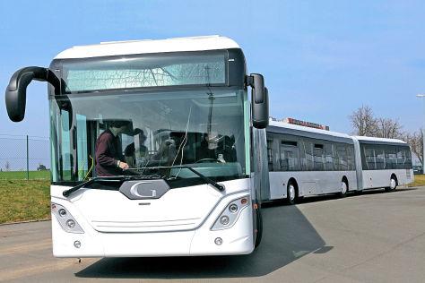 AutoTram Extra Grand Prototyp längster Bus der Welt