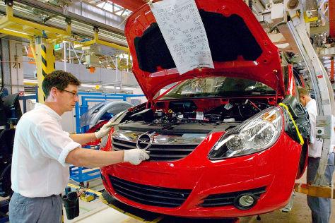 Opel bremst die Produktion