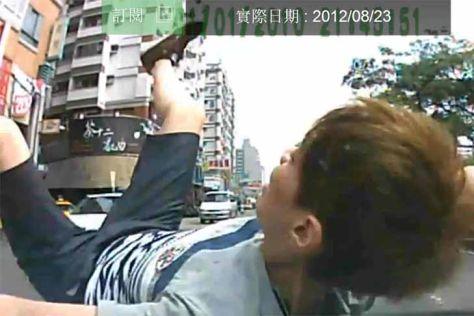 Video vorgetäuschter Unfall