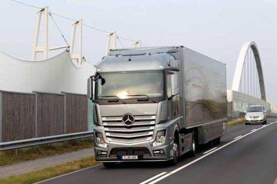 Mercedes Benz Aerodynamics Trailer