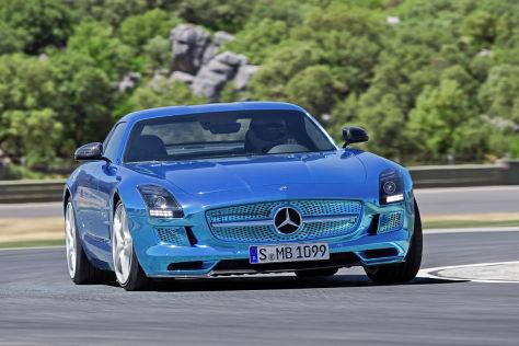 Mercedes SLS AMG Coupé Electric Drive: Paris 2012