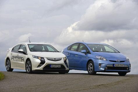 Opel Ampera Toyota Prius