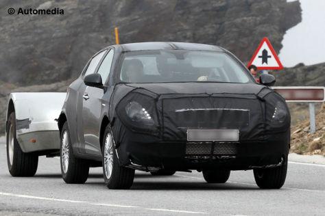 Alfa SUV/CXover: Erlkönig