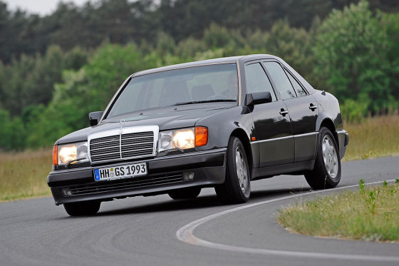 mercedes 500 e im klassik test. Black Bedroom Furniture Sets. Home Design Ideas