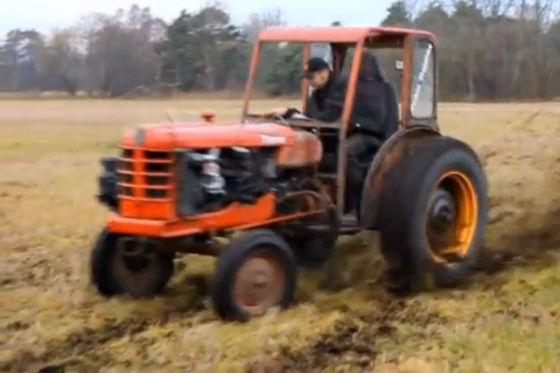 video traktor mit volvo motor. Black Bedroom Furniture Sets. Home Design Ideas