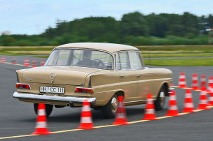 Klassik-Test: Mercedes 220 b