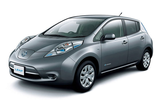 nissan leaf 2013 preis des elektro autos sinkt auf. Black Bedroom Furniture Sets. Home Design Ideas