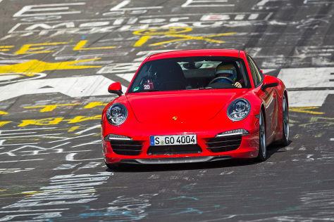Porsche 911 in die Werkstatt