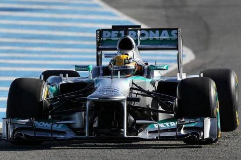 Lewis Hamilton durfte heute zum ersten Mal den neuen F1 W04 ausprobieren