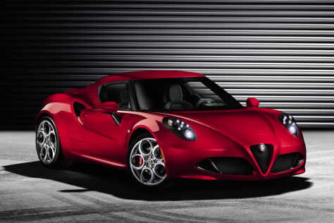 alfa romeo 4c in genf 2013 serien sportwagen mit ca 215 ps. Black Bedroom Furniture Sets. Home Design Ideas