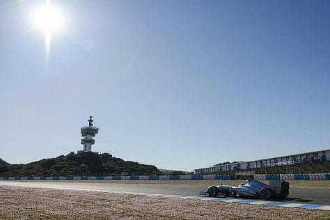 Nico Rosberg beobachtete seinen Teamkollegen vom Streckenrand