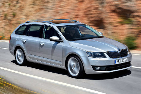 skoda octavia combi autosalon genf 2013. Black Bedroom Furniture Sets. Home Design Ideas