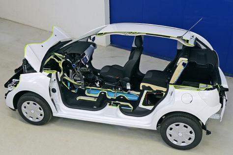 Peugeot 2008 HybridAir Concept