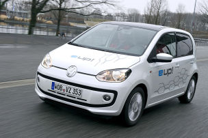 VW Up unter Strom