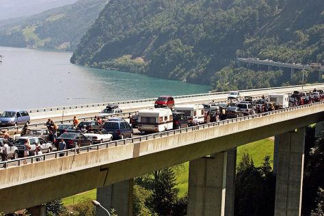 Mehr Sicherheit für Straßeninfrastruktur