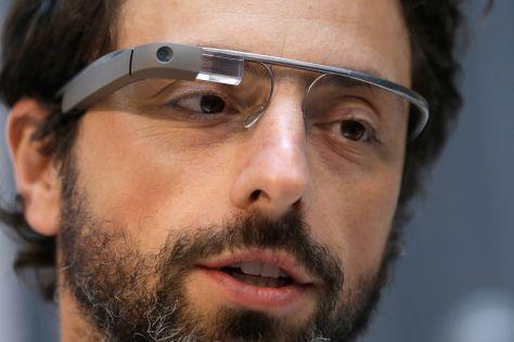 "Datenbrille ""Google Glass"" im Auto"