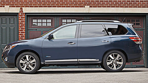 Nissan Pathfinder Hybrid: New York 2013