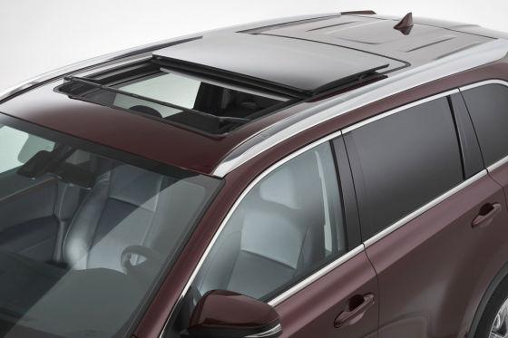 toyota highlander facelift new york auto show 2013. Black Bedroom Furniture Sets. Home Design Ideas