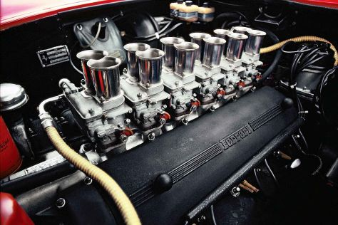 Weber-Vergaserbatterie Ferrari 275 GTB