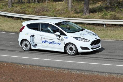 Ford Fiesta eWheelDrive fahrend