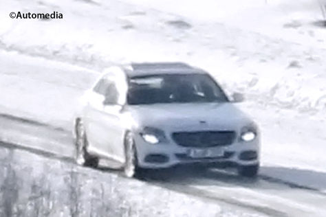 Erlkönig Mercedes C-Klasse im Schnee