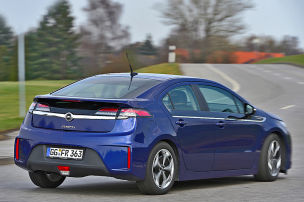 Jetta , Ampera, Optima, V60, Prius: Test