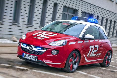 Feuerwehrfahrzeug Opel Adam
