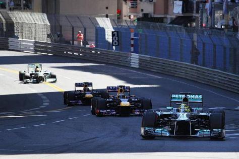 Nico Rosberg startete von der Pole und verteidigte diese beim Start