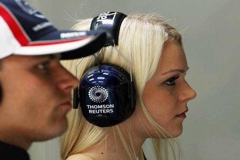 Das Traumpaar des finnischen Sports: Valtteri Bottas und Emilia Pikkarainen