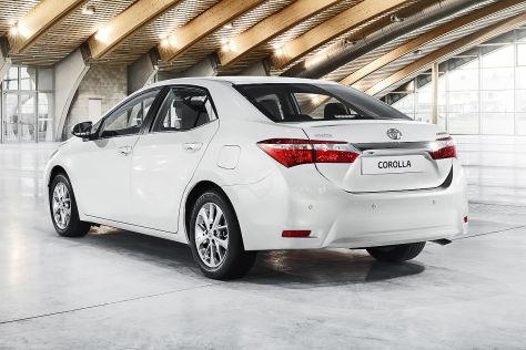 Toyota Corolla 2014 Erste Bilder Vom Auris Mit