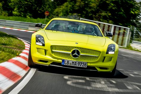 Mercedes SLS AMG ED auf der Nordschleife am Nürburgring