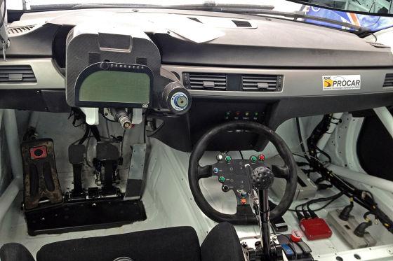 Engstler BMW 320si Cockpit Innenraum