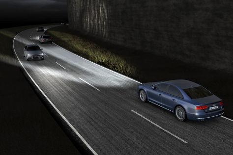 Audi A8 Facelift mit Matrixbeam (IAA 2013)