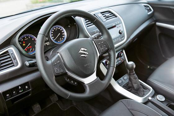 Suzuki SX4 Cockpit
