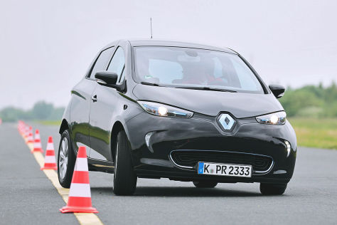 renault zoe im test das elektroauto wird vern nftig. Black Bedroom Furniture Sets. Home Design Ideas