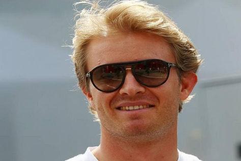 Nimmt's mit Humor und freut sich über die gut funktionierenden Reifen: Nico Rosberg