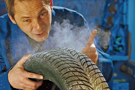 Autofahrer sparen bei den Reifen