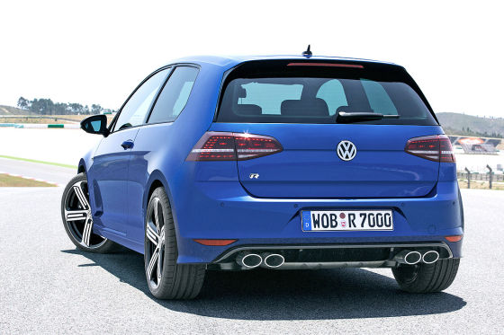 vw golf vii r iaa 2013 neuer top golf mit 300 ps. Black Bedroom Furniture Sets. Home Design Ideas