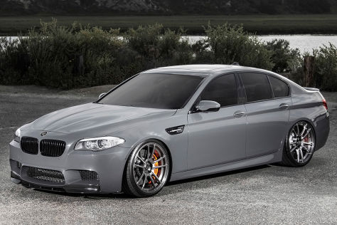 BMW M5 Vorsteiner schräg vorne