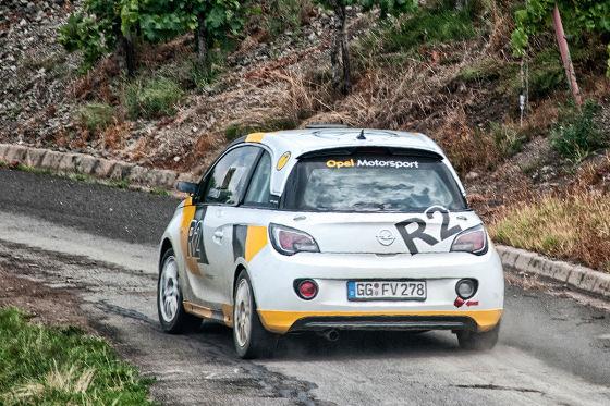 Opel Adam R2 Racer