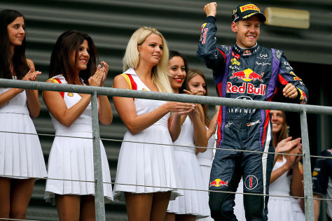 Sebastian Vettel bei der Siegerehrung zum Großen Preis von Belgien